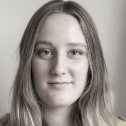 Julia Houtmortels